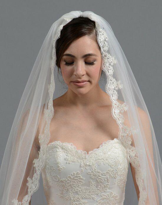 Tulip Bridal Lace Mantilla Veil V036