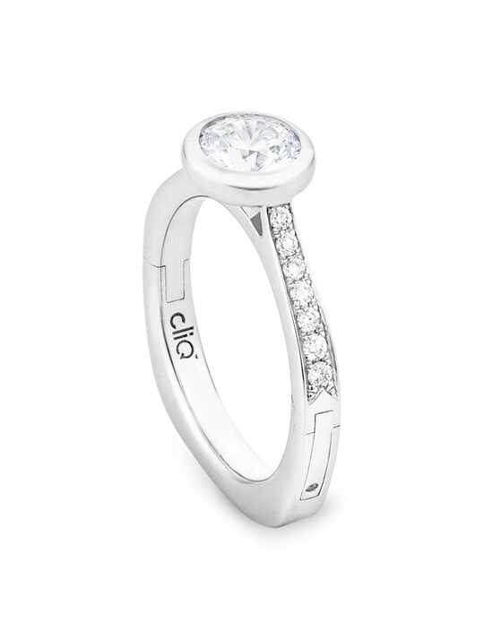 "Say ""Yes!"" in Platinum Glamorous Round Cut Engagement Ring"