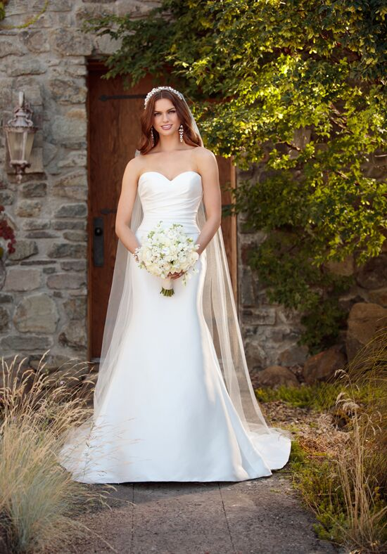 Essense of Australia D2242 Mermaid Wedding Dress
