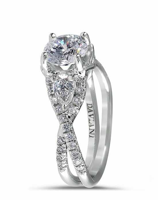 Daviani Love Links Collection DCR1040 Engagement Ring photo