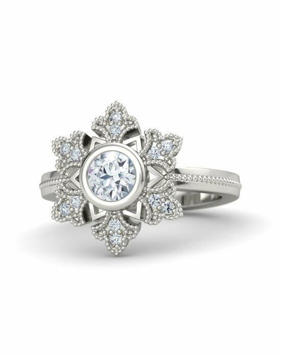 Gemvara - Customized Engagement Rings Snowflake Ring White Gold Wedding Ring