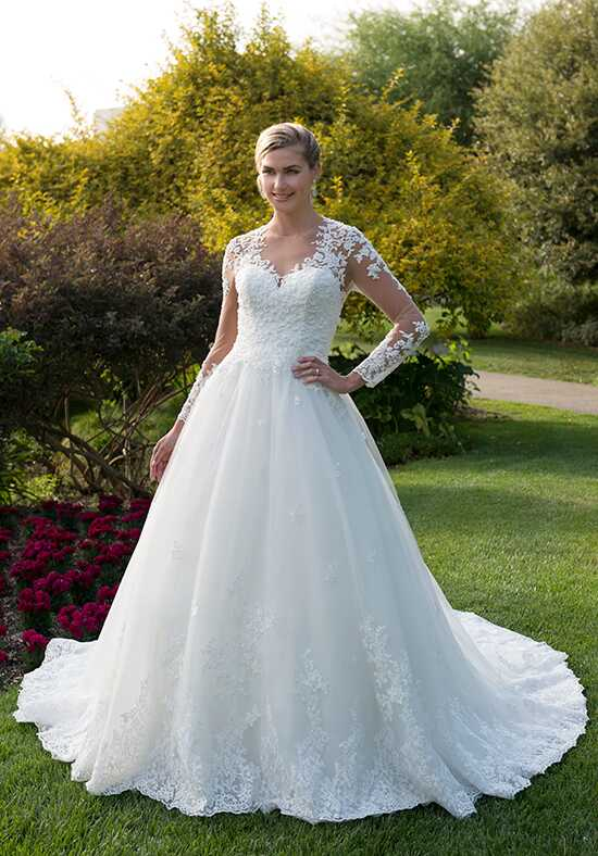 Venus Bridal VE8362N Ball Gown Wedding Dress