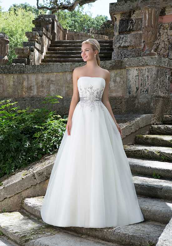 Sincerity Bridal 3883 Wedding Dress photo