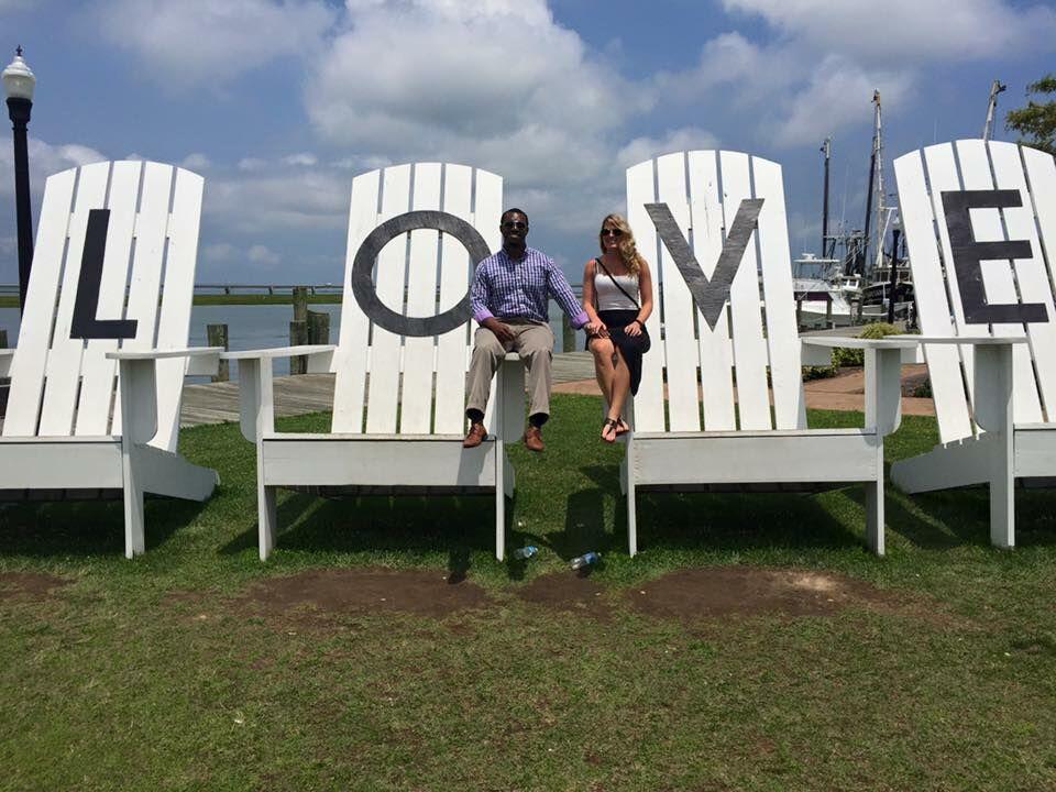 amanda mulcahy and alvin thomass wedding website
