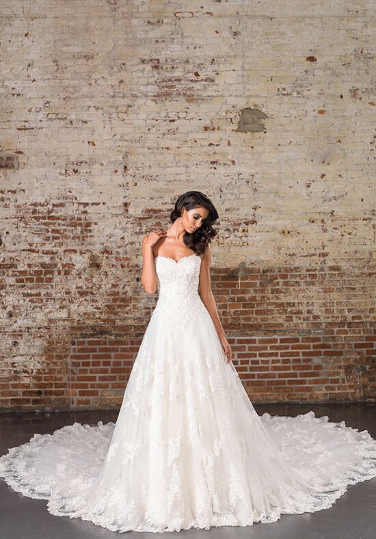 wedding pictures decor justin signature 9860 wedding dress the knot 9860