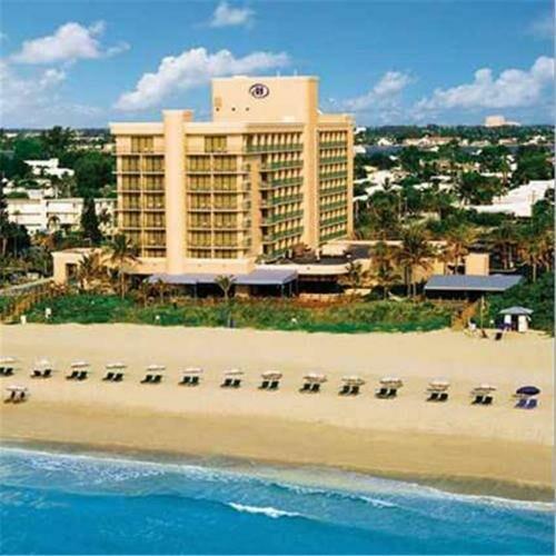 Hilton Singer Island Oceanfront Palm Beaches Resort 3700 N Ocean Dr Riviera Beach Fl 33404 Usa 561 848 3888