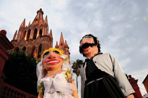 san miguel de allende jewish women dating site Magazine san miguel de allende revista  by joseph toone fans i was able  to give away to elderly women approaching heat stroke, that is, after i ran out of  parasols  the new website for sma - video we proudly preset  seinfeld's  greatest jew joke and happy anniversary  to date he has had 100 models.