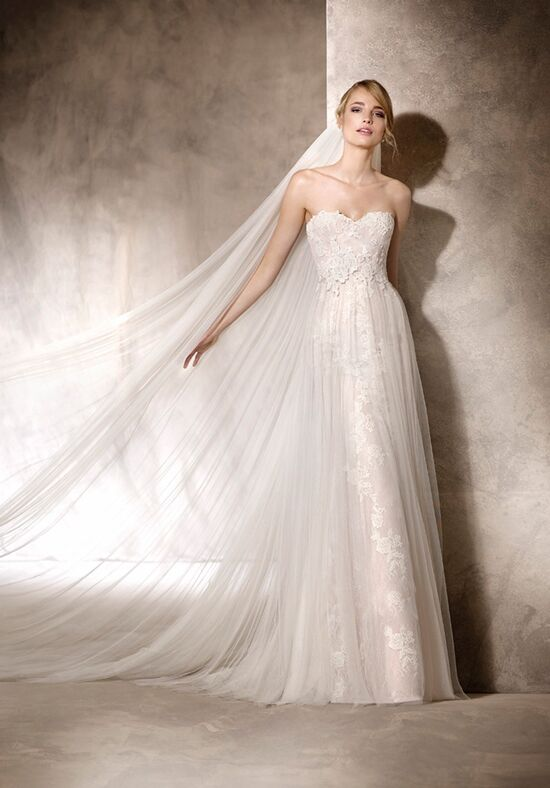 wedding decorations tulle la sposa hayuco wedding dress the knot 9160