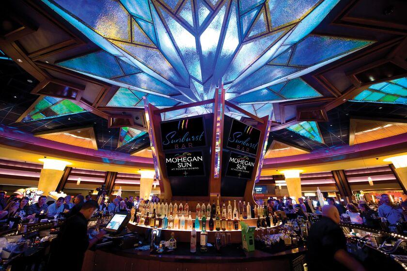 Mohegan sun casinos silverstar casino restaurants