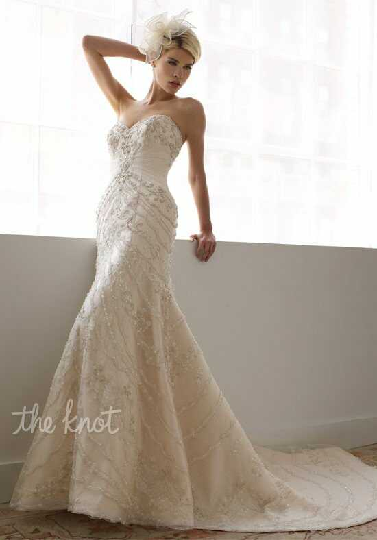Val Stefani RAELYNN Wedding Dress photo