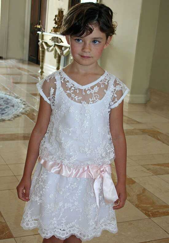 Isabel Garretón Lacy White Flower Girl Dress