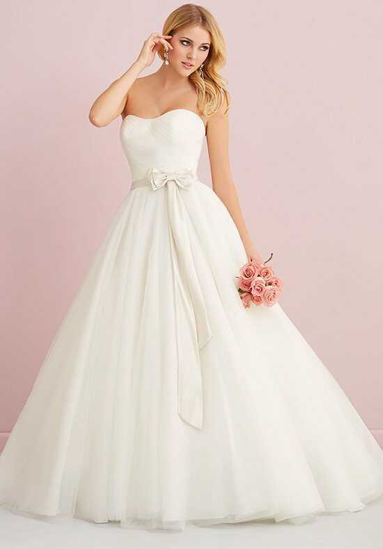 Allure Romance 2759 Wedding Dress photo