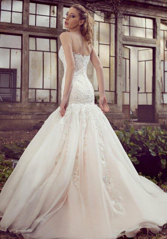 Ysa makino kym67 wedding dress the knot for Ysa makino wedding dress