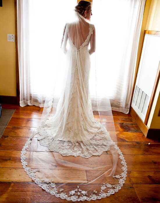 Alisa Brides Heather Lace Veil Ivory Veil