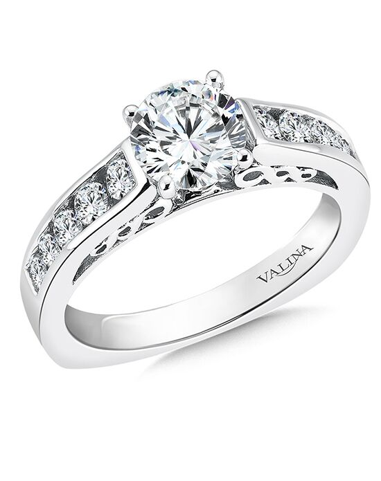Valina Vintage Round Cut Engagement Ring