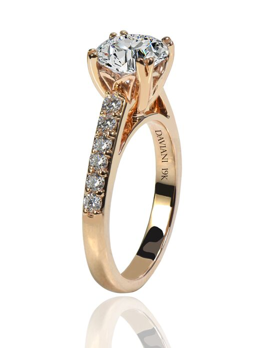 Daviani Love Links Collection Classic Round Cut Engagement Ring