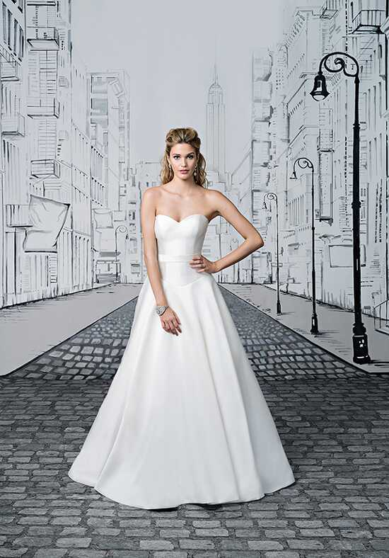 Justin Alexander 8898 Ball Gown Wedding Dress