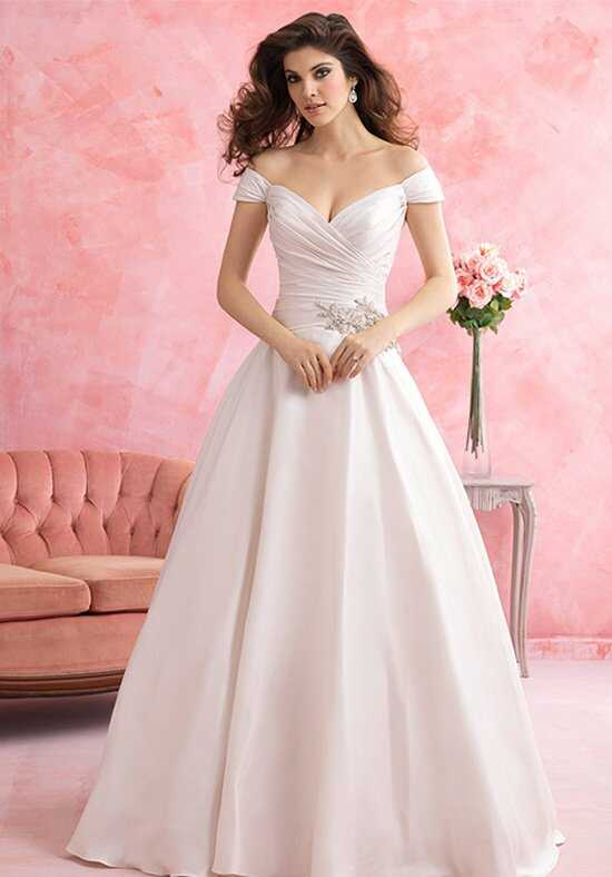Allure Romance 2801 Wedding Dress photo