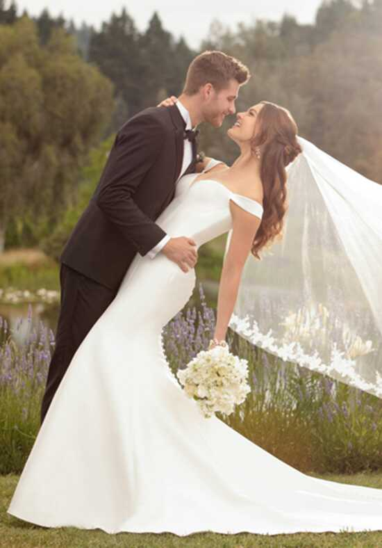 Essense of Australia D2477 Wedding Dress