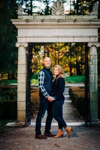 Kate Fischer And Kevin Burriesci Wedding Photo 3
