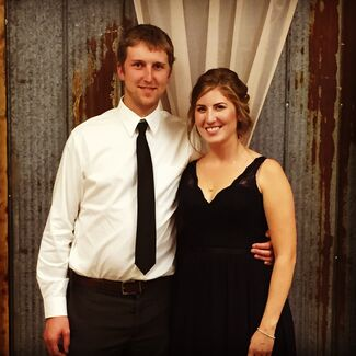 Ellen Neil And Andrew Lippert Wedding Photo 3
