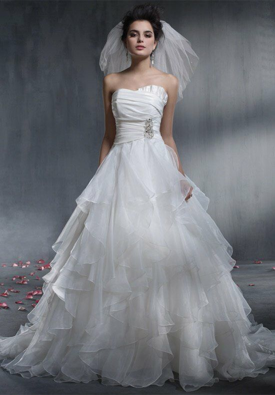 Alfred Angelo Signature Bridal Collection 2349 Ball Gown Wedding Dress