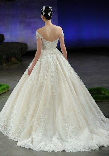 Ines di santo primrose wedding dress the knot for Ines di santo wedding dresses prices