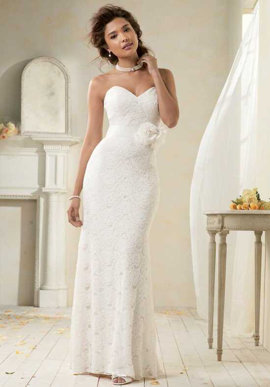 Alfred Angelo Modern Vintage Bridal Collection 8521 Wedding Dress photo