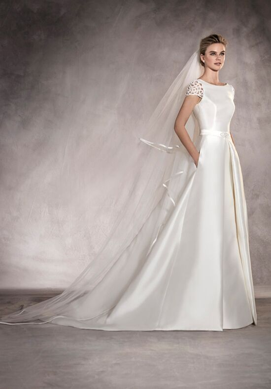 PRONOVIAS ATALAYA Sheath Wedding Dress