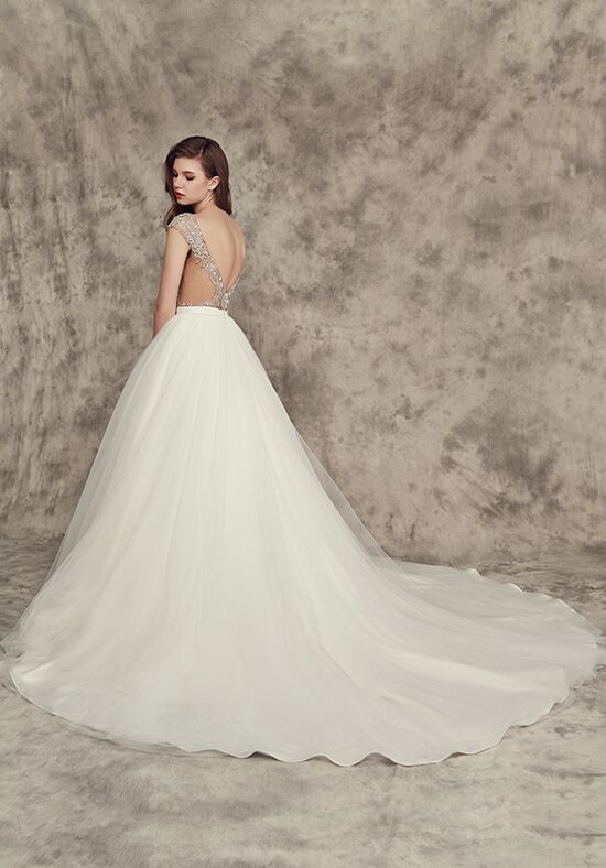 Calla blanche 16242 carrie wedding dress the knot for Calla blanche wedding dress