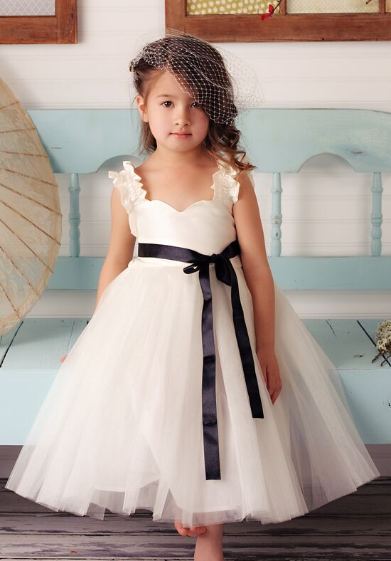 FATTIEPIE Grace Ivory Flower Girl Dress