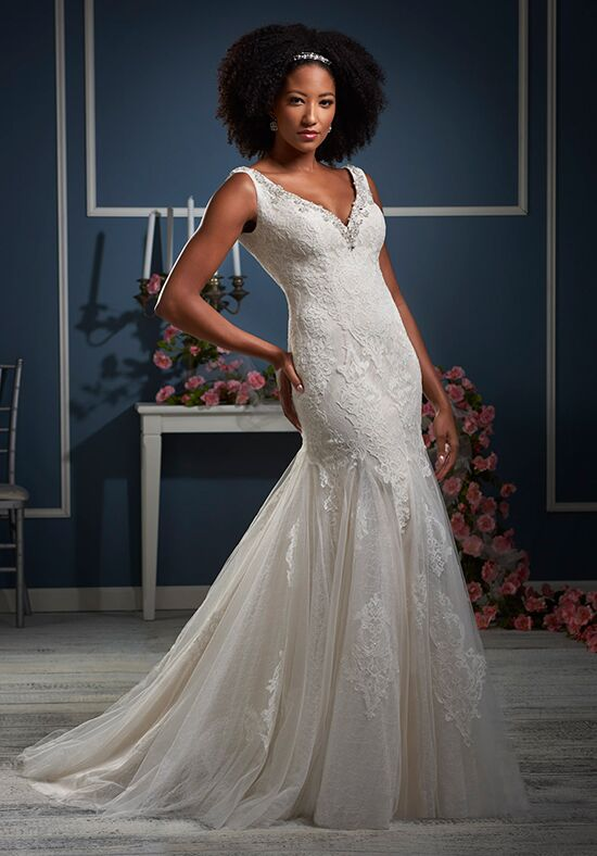 Essence Collection by Bonny Bridal 8609 Wedding Dress