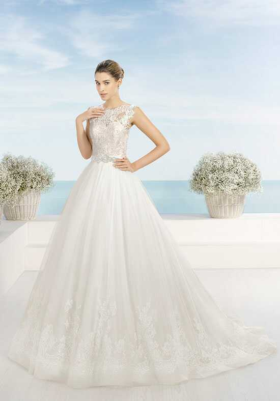 Luna Novias TARANTO Wedding Dress photo