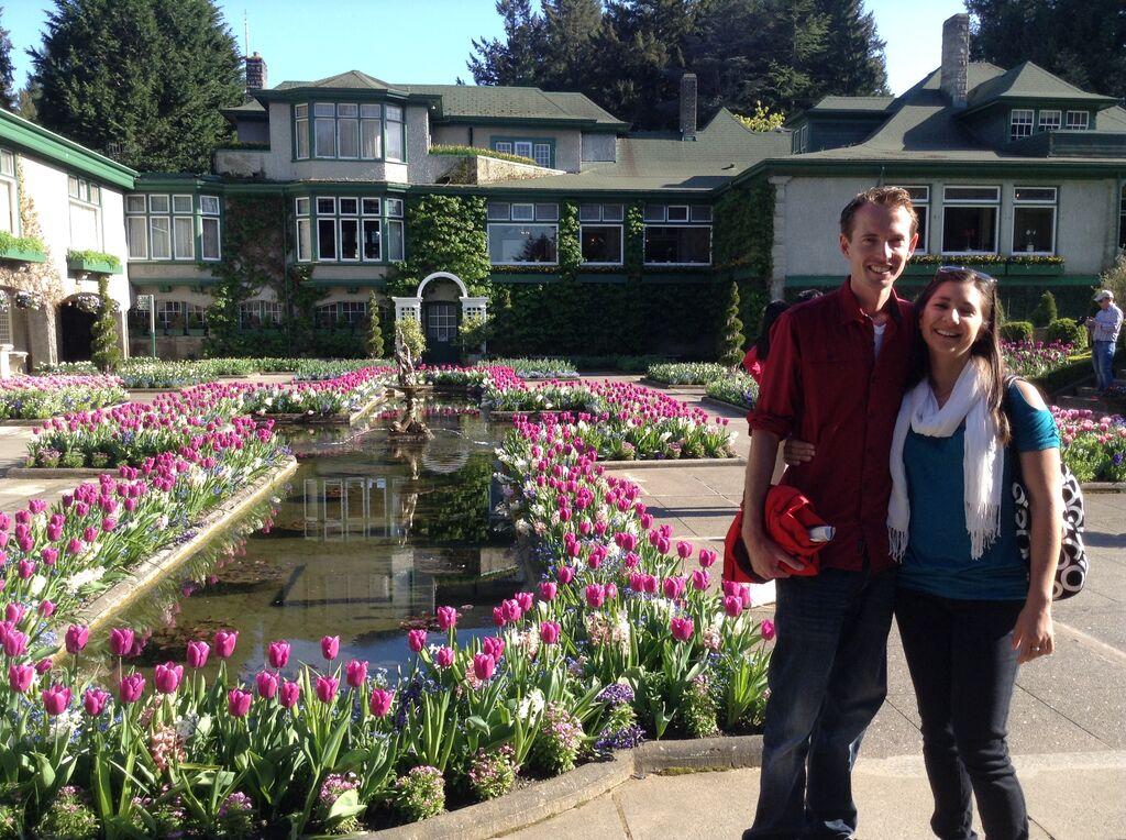 adriana saavedra and scott walshs wedding website