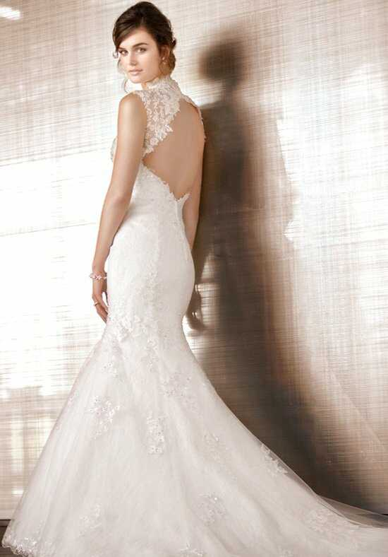 Essense of Australia D1435 Wedding Dress photo