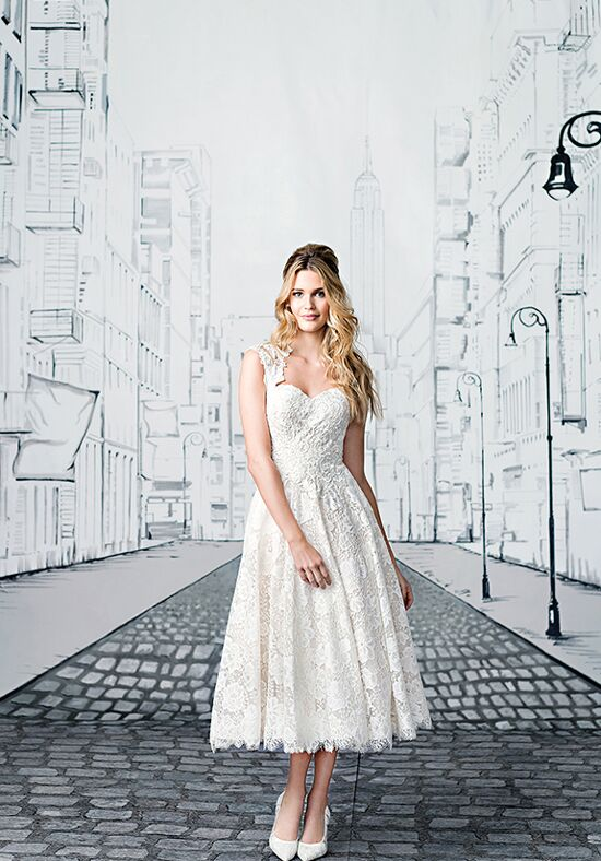 Justin Alexander 8904 Ball Gown Wedding Dress