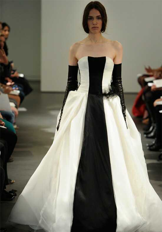 Vera Wang Spring 2014 Look 17 Ball Gown Wedding Dress