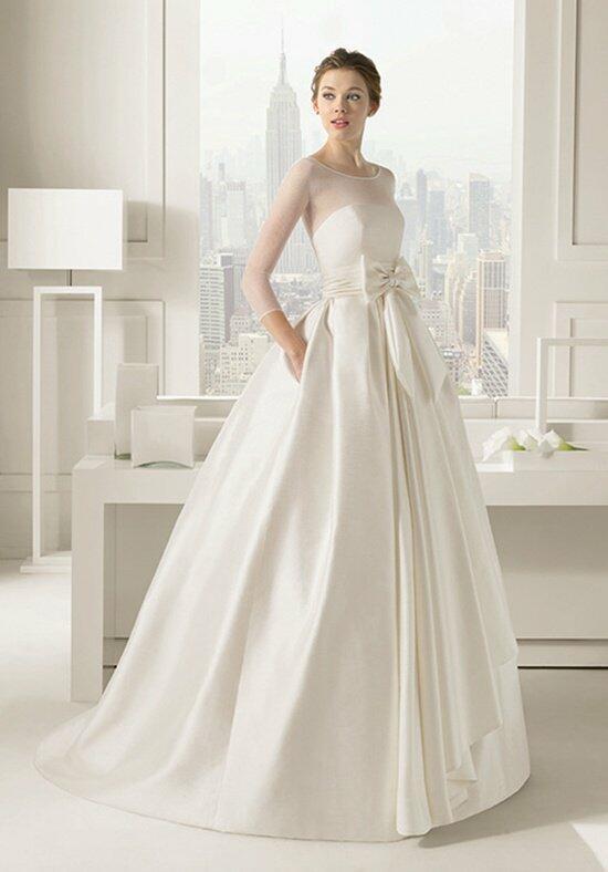 Rosa clar dado wedding dress the knot for Rosa clara wedding dresses