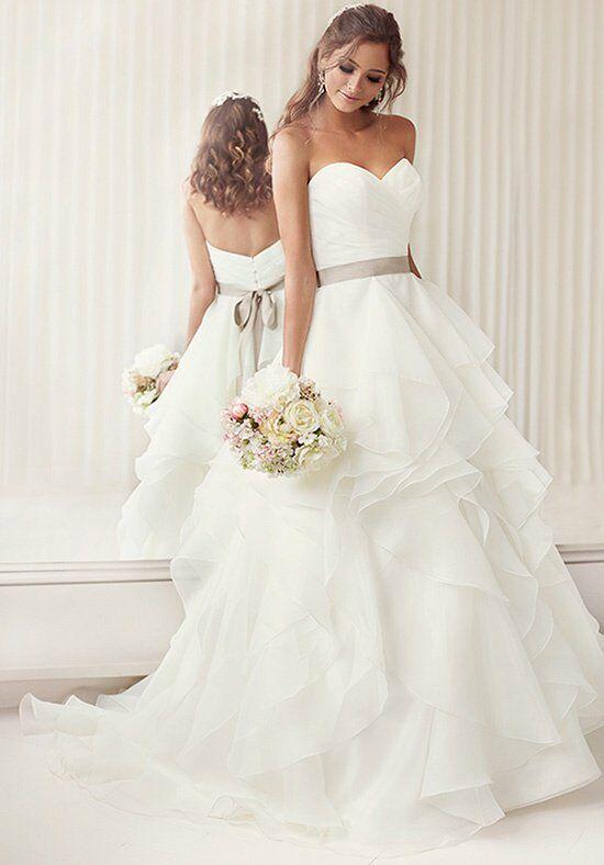 Essense of Australia D1672 Wedding Dress - The Knot