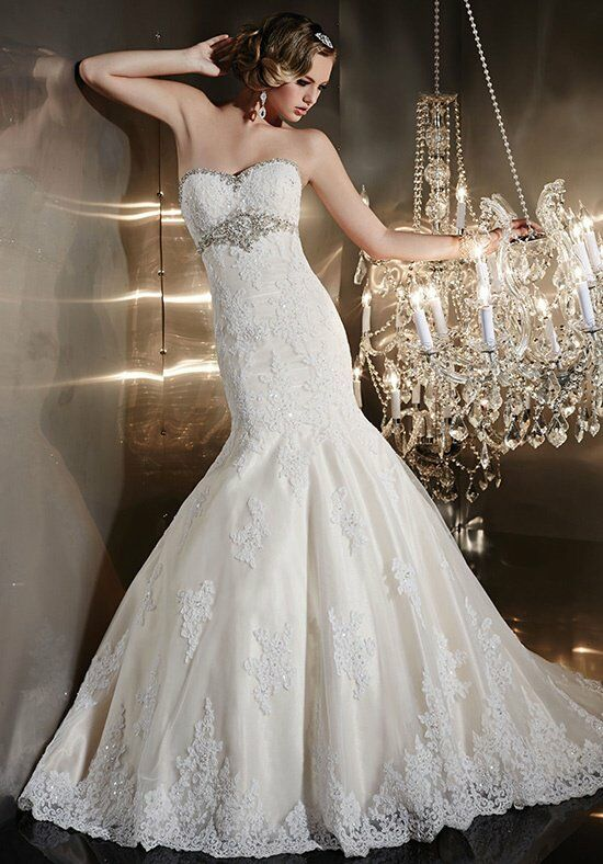 how much to charge for a wedding cake wu brides style 15575 wedding dress the knot 15533