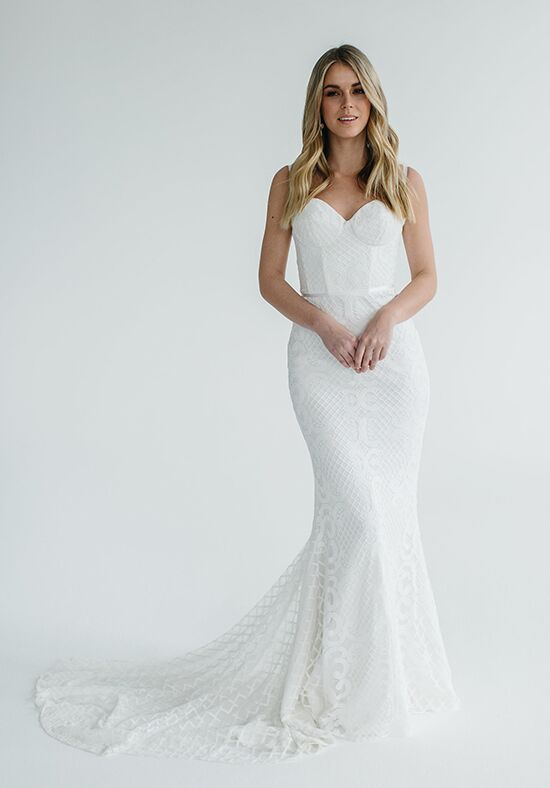 KAREN WILLIS HOLMES Seraphina Sheath Wedding Dress