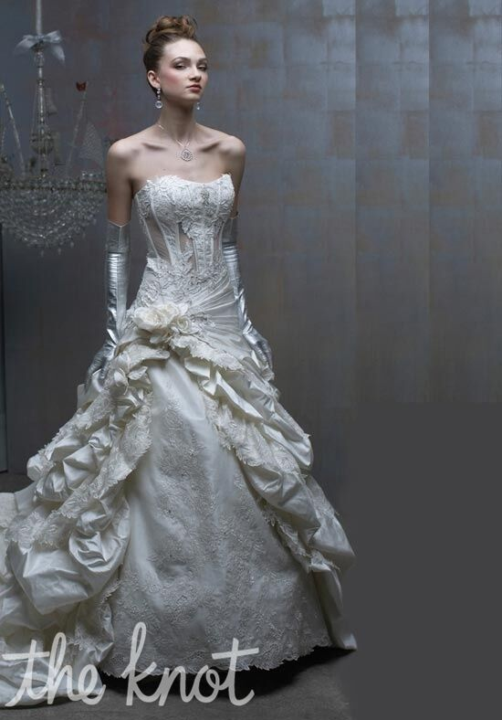 St. Pucchi Couture 501 Ball Gown Wedding Dress