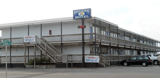 Breezeway Motel 636 Channel Blvd Holly Ridge Nc 28445 Usa 910 328 7751