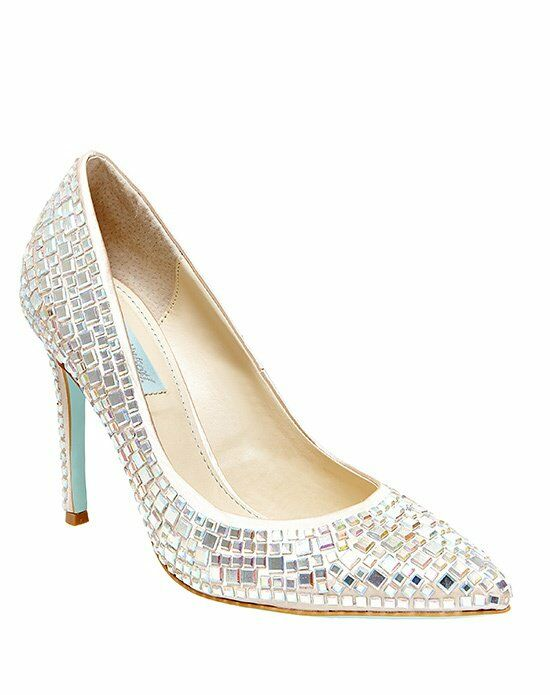Blue By Betsey Johnson SB ARIEL   CHAMPAGNE SATIN Ivory Shoe