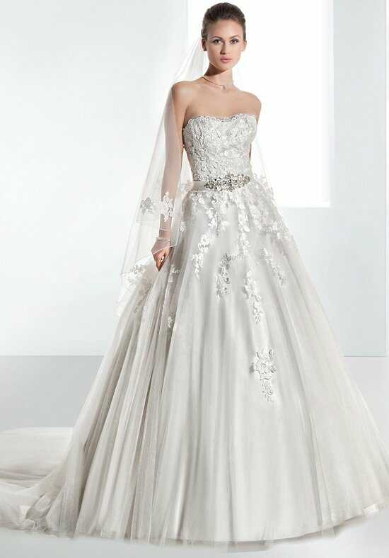 Demetrios 1458 Wedding Dress photo