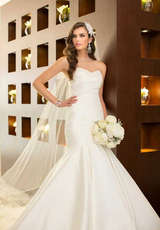 Essense of Australia D1636 Mermaid Wedding Dress