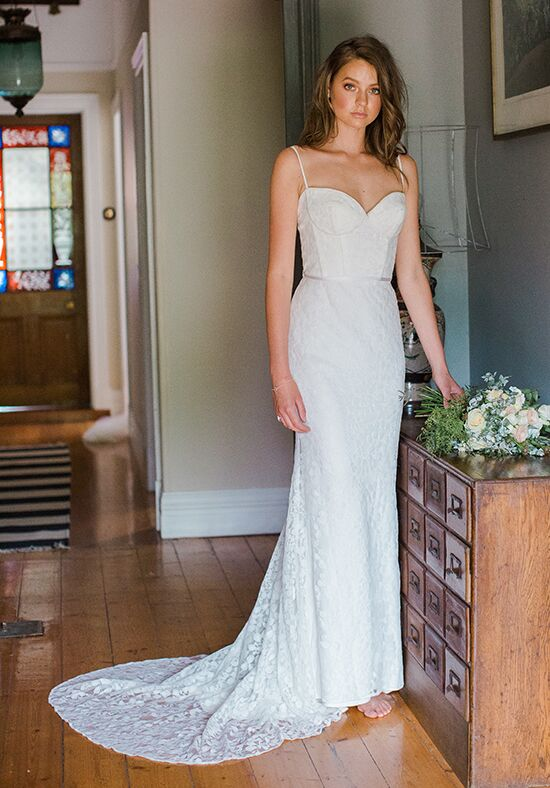 KAREN WILLIS HOLMES Sera Sheath Wedding Dress