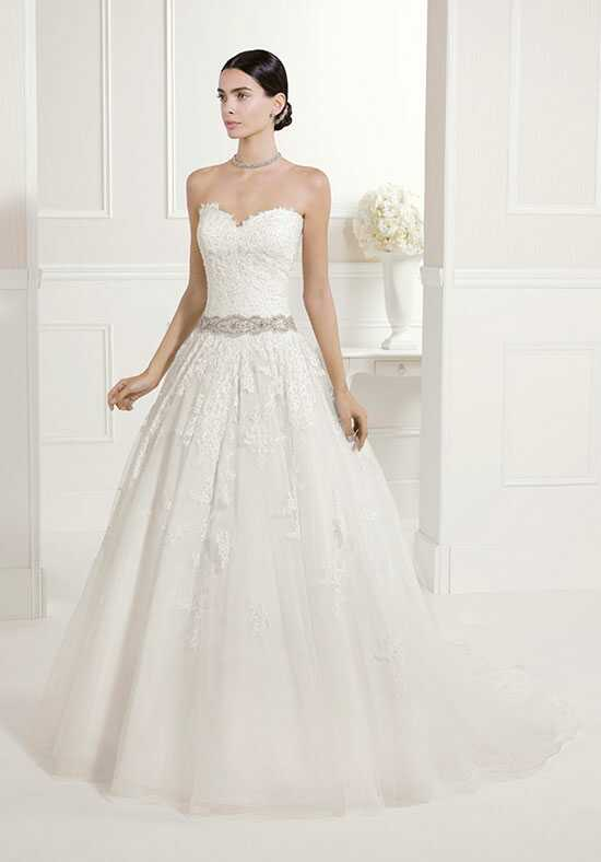 Alma Novia FIESTA Ball Gown Wedding Dress