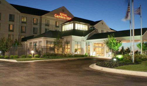 Becky shaffer and stephen lapinski 39 s wedding website Hilton garden inn columbus ohio airport