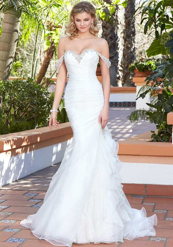 IVOIRE by KITTY CHEN TESSA, V1717 Sheath Wedding Dress
